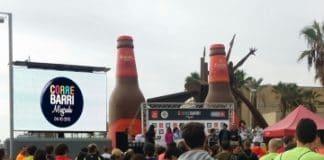 CORREBARRI: la cursa de Barcelona con el remolque de pantalla  LED
