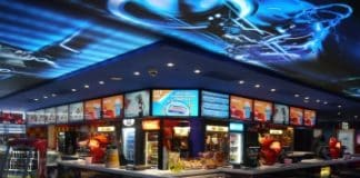 Cinema City inaugura un innovador centro de ocio y entretenimiento con pantallas Panasonic