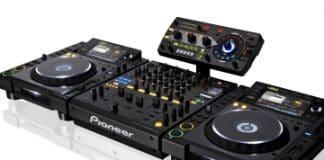 Todo el potencial del software con el manejo físico de los aparatos Pro DJ