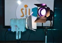 Proyectores LED con lente PC para teatro