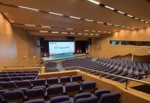El Palacio de Congresos de Valencia se renueva con Focos de recorte