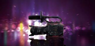 cámara de cine compacta AU-EVA1