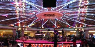 sistema de sonido CLAIR BROTHERS en el Resorts World Manila