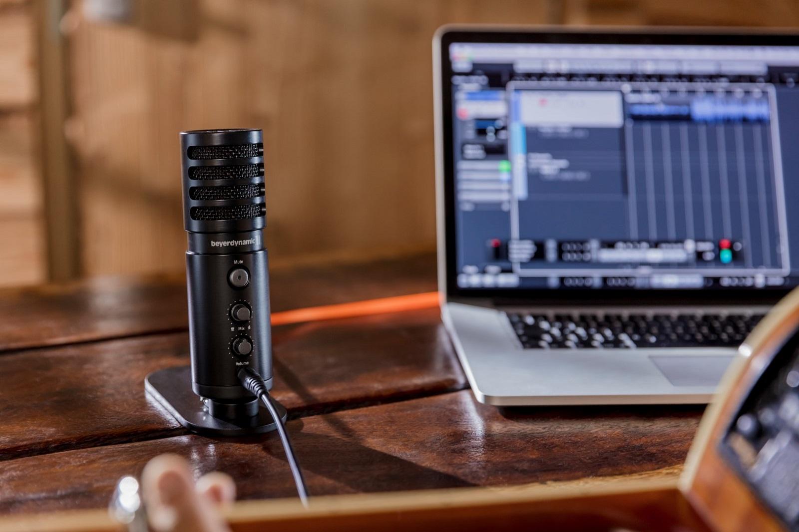 10f32c9b0a027 Micrófono de estudio USB de Beyerdinamic para grabación y podcasting