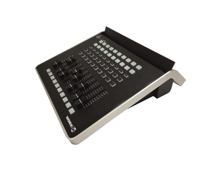 Consolas de iluminación profesional LightShark de Work Pro, amplía la serie