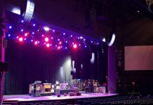 Sistema de sonido C8 Truefit de Clair Brothers en El A. Music Theatre