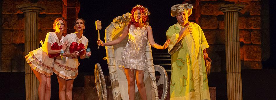 Teatro musical de La bella Helena